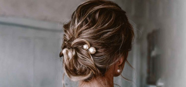 Stunning updo ideas for short hair